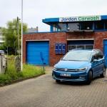 VW Touran vs. VW Sharan - Welcher Familienwagen passt zu wem?
